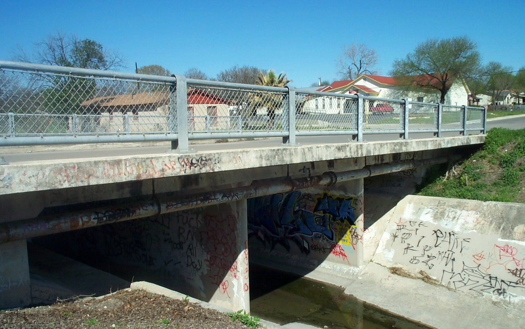 07-Looking NE @ South Delgado Bridge @ ARV on waterline
